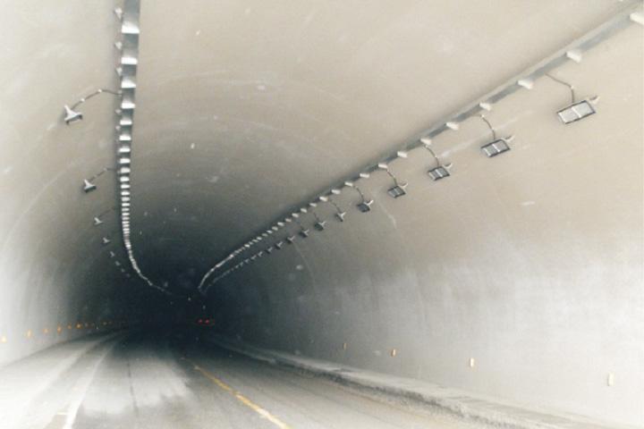 幸福隧道.jpg