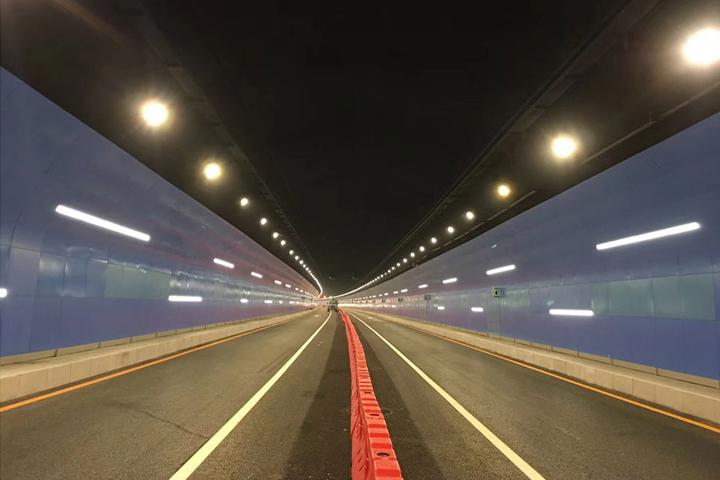 贵阳云关隧道灯工程